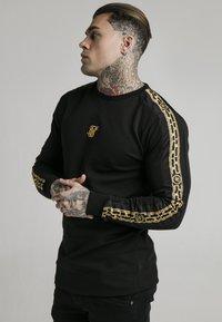 SIKSILK - SIKSILK  PANEL CREW  - Sweatshirt - black & gold - 0