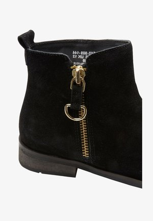 ZIP CHELSEA BOOTS - Classic ankle boots - black