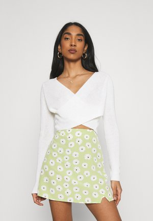 CROSS FRONT JUMPER - Neule - off-white