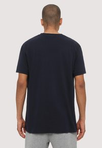 Napapijri - SAGAR - T-shirt med print - dark blue - 2