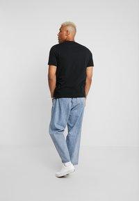 Redefined Rebel - SETH TEE - Print T-shirt - black - 2