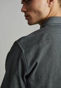 Anerkjendt - AKHERBERT - Shirt - glacier gray - 3