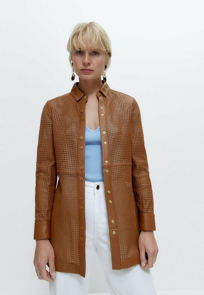 Uterqüe - Leather jacket - brown