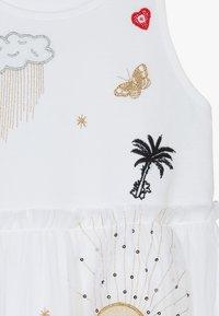 Desigual - TUXTLA - Sukienka z dżerseju - blanco - 3