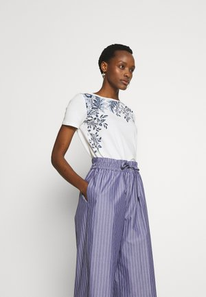 MANIOCA - Print T-shirt - ultramarine