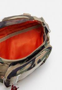 Alpha Industries - TACTICAL WAIST BAG UNISEX - Bum bag - brown - 2
