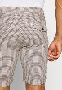 Bellfield - TAILORED  - Shorts - mushroom - 5