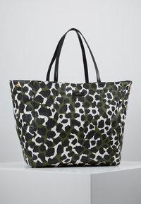 By Malene Birger - LEO TOTE - Shopping bag - ultramarine - 5