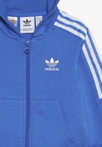 adidas Originals - NEW ICON HOODIE SET - Træningssæt - blue/white - 4