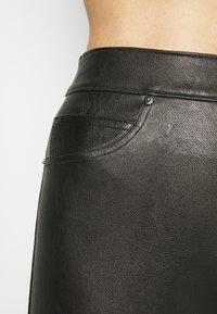 Spanx - LIKE PANT - Leggings - classic black - 2