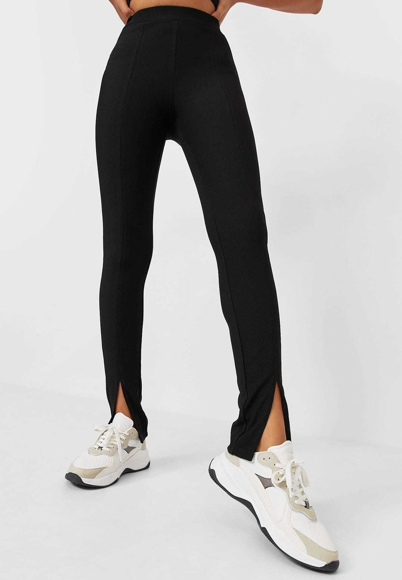 Stradivarius - Leggings - Trousers - black