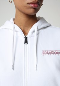 Napapijri - BILEA  - Zip-up hoodie - bright white - 2