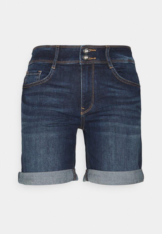 ALEXA BERMUDA - Shorts di jeans - dark stone wash denim