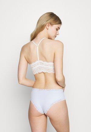 ROMANTIC PADDED T-BACK - Topp - soft muslin