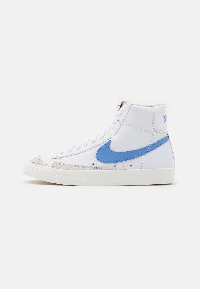 BLAZER MID '77 - Sneakers hoog - white/royal pulse/hyper crimson/black/sail