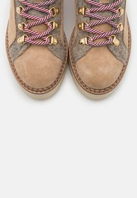 Scotch & Soda - OLIVINE - Ankle boots - beige - 5