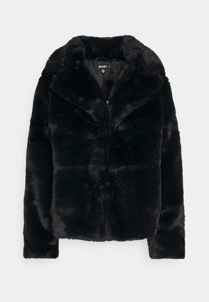 SHORT COLLAR COAT - Chaqueta de invierno - black