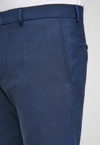 s.Oliver BLACK LABEL - MIT HYPERSTRETCH - Suit trousers - blue - 3