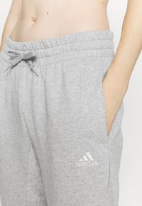 adidas Performance - Pantaloni sportivi - mottled grey - 5