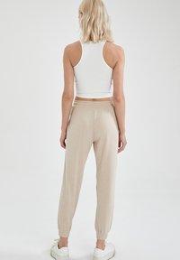 DeFacto - Pantalon de survêtement - beige - 2