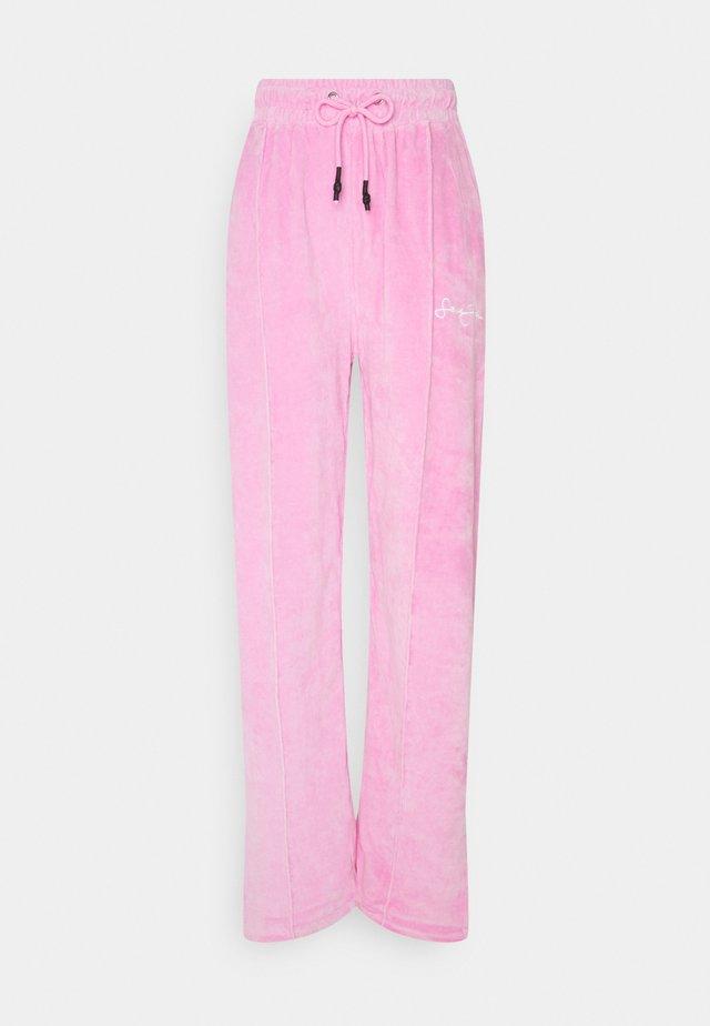 WIDE LEG TROUSERS - Joggebukse - pink