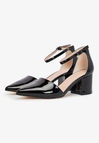Bianco - IN MANDELFORM - Classic heels - black - 3