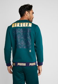 Puma - ITALIEN FIGC CULTURE CREW SWEATER - Sweater - ponderosa pine/gold - 2