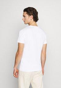 Replay - TEE - Basic T-shirt - white - 2