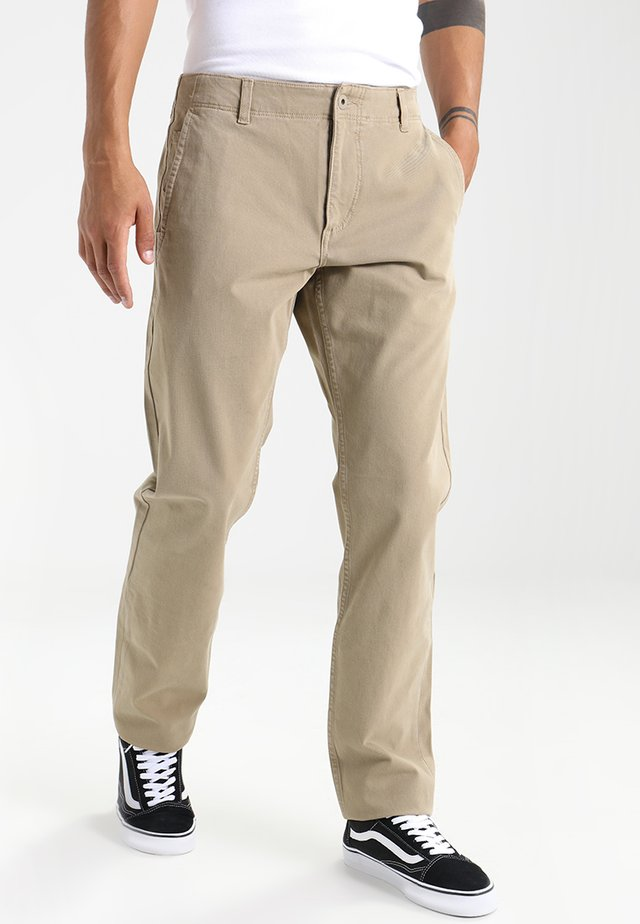 SMART FLEX ALPHA LIGHTWEIGHT TEXTURED - Chinos - british khaki