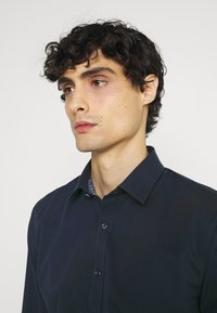 OLYMP No. Six - Formal shirt - kobalt - 3