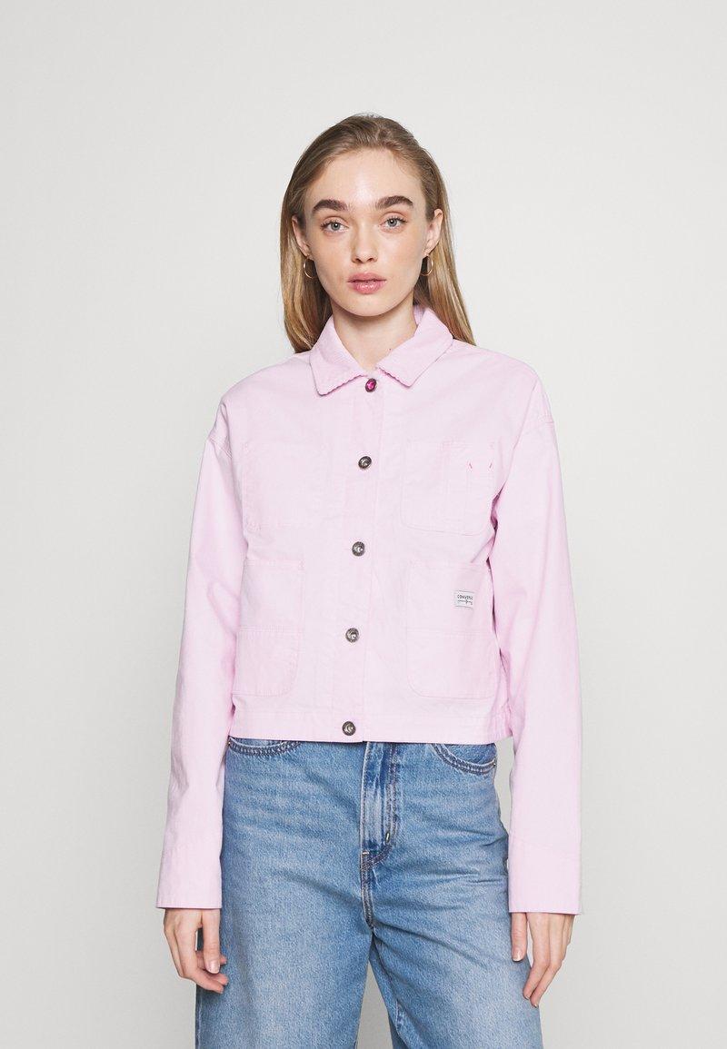 Converse - VESTED UTILITY JACKET - Waistcoat - pink foam