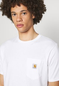Carhartt WIP - POCKET - Basic T-shirt - white - 4