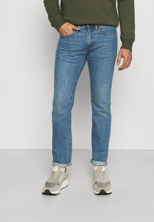 SIERRA VISTA - Slim fit jeans - medium wash