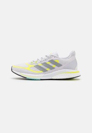SUPERNOVA +  - Nøytrale løpesko - dash grey/solar yellow/footwear white