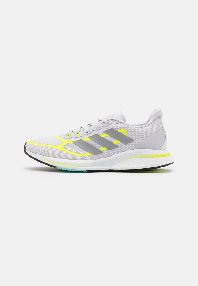 SUPERNOVA +  - Juoksukenkä/neutraalit - dash grey/solar yellow/footwear white