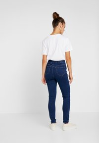 Missguided Petite - VICE HIGHWAISTED - Jeans Skinny Fit - dark blue - 2
