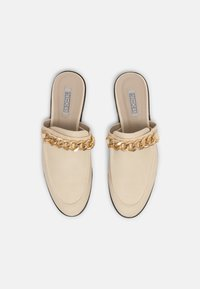 Nly by Nelly - CHUNKY CHAIN LOAFER - Mules - beige - 4