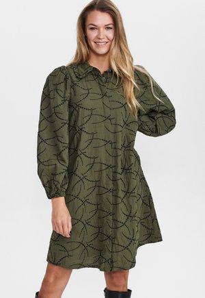 Skjortklänning - grape leaf