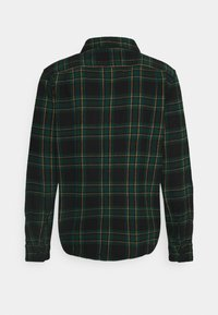 American Eagle - HOODED ALM PLAID OVERSHIRT - Skjorta - green