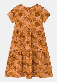 Fred's World by GREEN COTTON - SAFARI LAYER  - Jersey dress - mango - 1