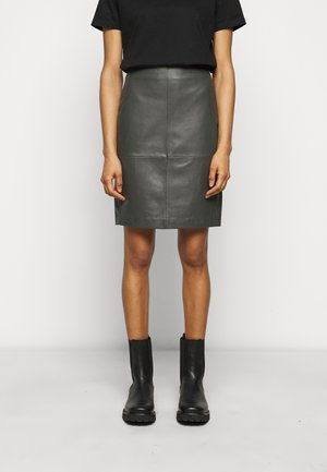 CECILIA  - Pencil skirt - understated black