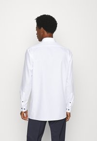 OLYMP Luxor - LUXOR MODERN FIT - Camicia - white - 2