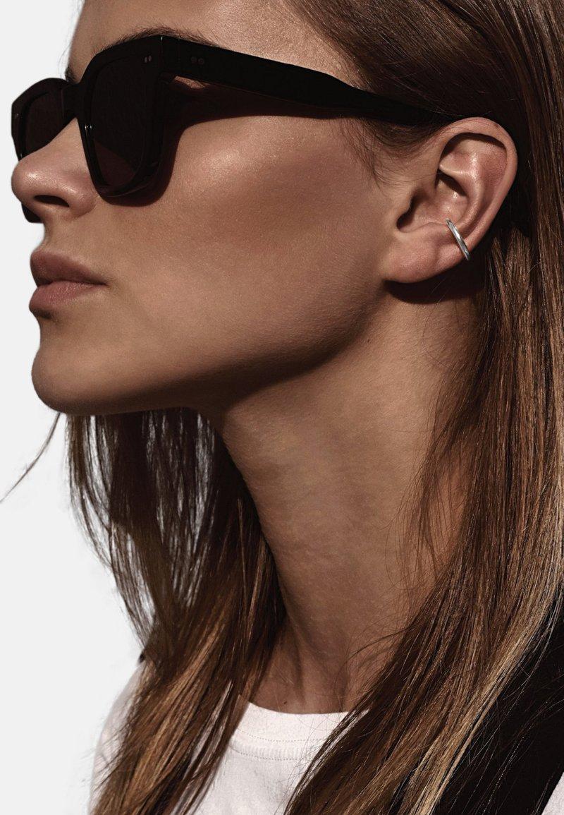 No More - LINE EAR CUFF - Earrings - silver