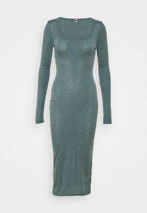 SQUARE NECK DRESS - Jumper dress - green
