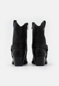 Carmela - LADIES BOOTS  - Cowboy/biker ankle boot - black - 3