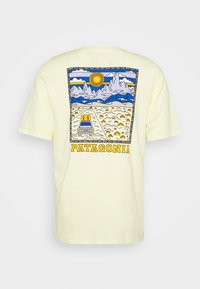 Patagonia - SUMMIT ROAD ORGANIC - T-shirt imprimé - resin yellow - 1
