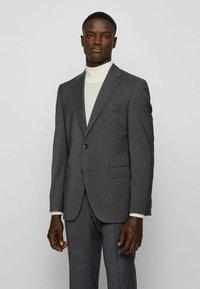 BOSS - JECKSON/LENON - Costume - open grey - 1