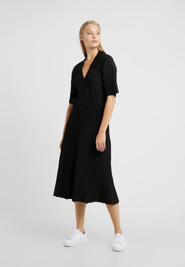 CONSTANCE - Robe pull - black