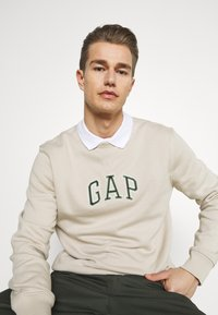 GAP - MINI ARCH - Sweatshirt - oat beige - 5