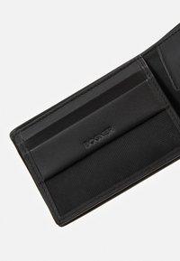 Bogner - ASPEN NELIO BILLFOLD - Peněženka - black - 4